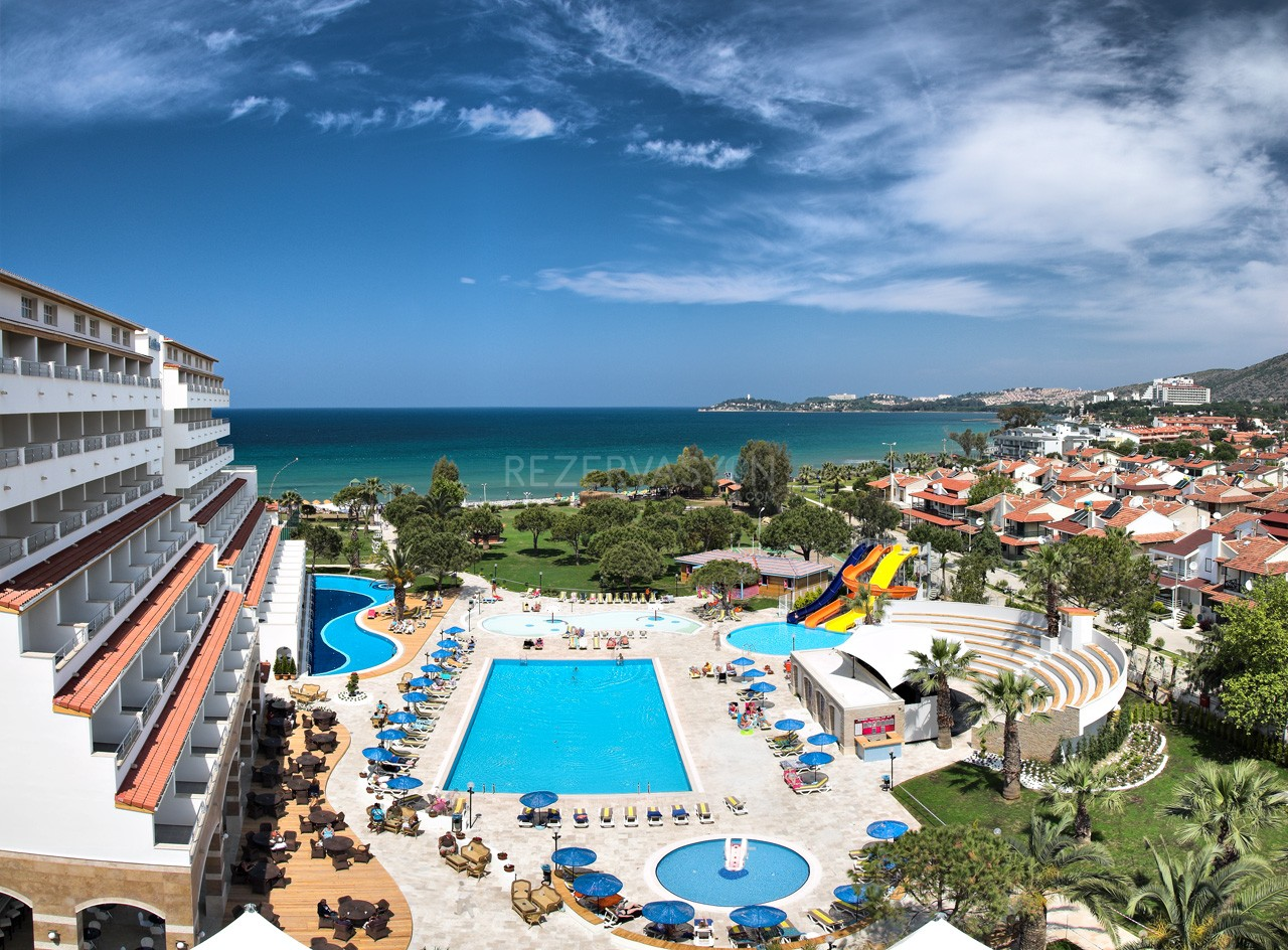 Batıhan Beach Resort